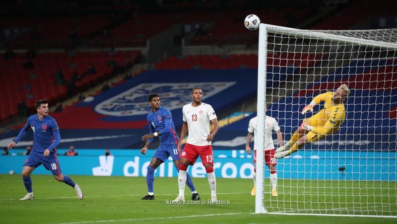 بالصور : المنتخب الانجليزي يتلقى هزيمة على يد الدانمارك