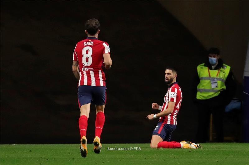 بالصور: سيميوني يكسر عقدته بأول انتصار على برشلونة