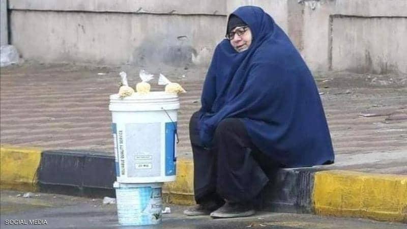 """شاهدوا: """"سيدة المطر"""" قصة صورة شغلت المصريين"""