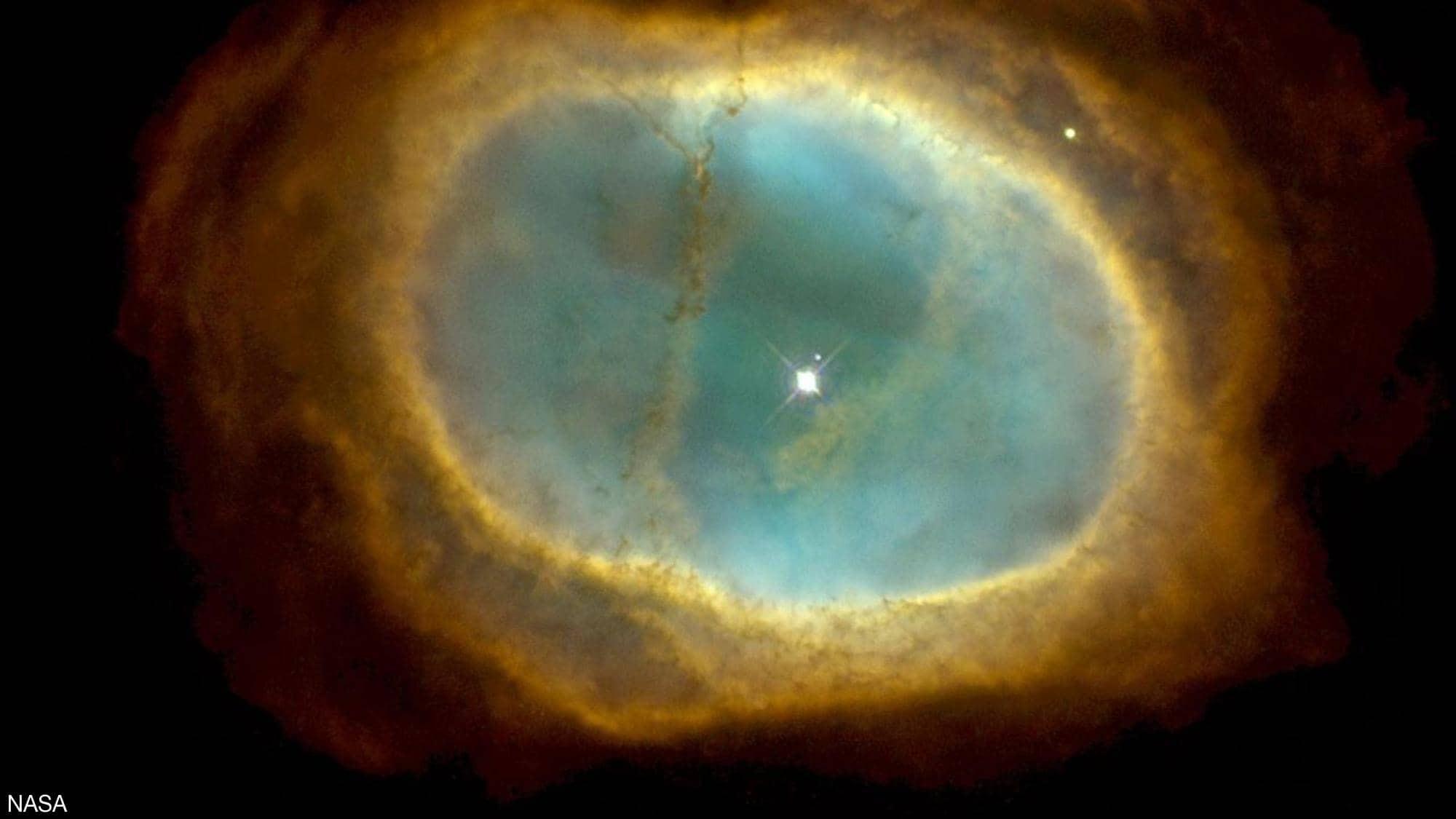 """شاهد: وكالة """"ناسا"""" تنشر صورًا مذهلة للفضاء"""