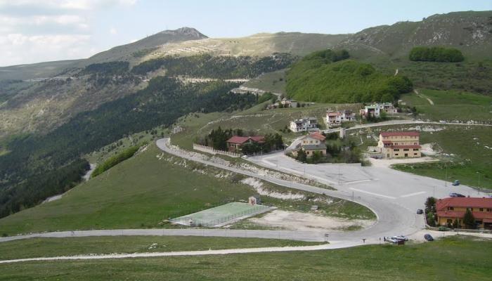 43519-بلدة-بولونيولا-الإيطالية.jpg