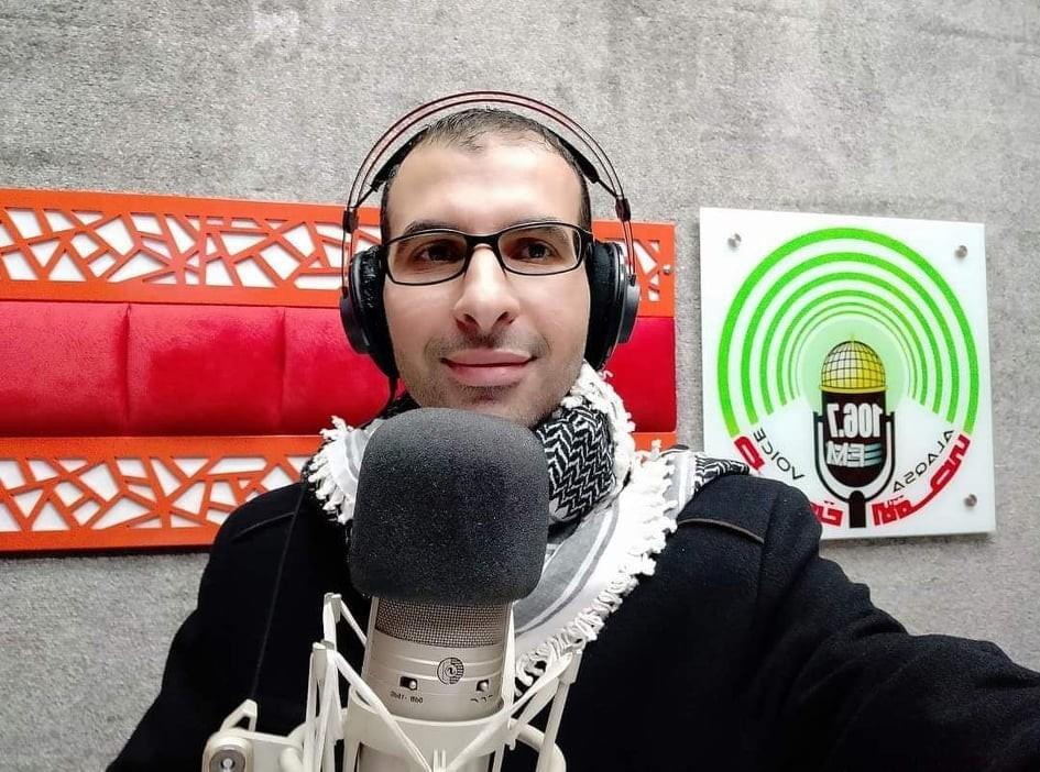 بالصور: استشهاد صحفي في غارة إسرائيلية على منزله بحي الشيخ رضوان بغزة