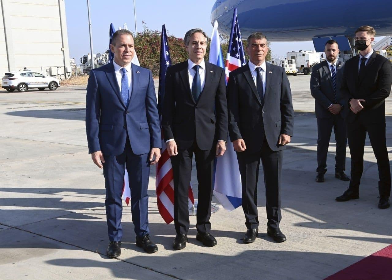 شاهد..وزير الخارجية الأمريكي يصل فلسطين المحتلة لهذا السبب!