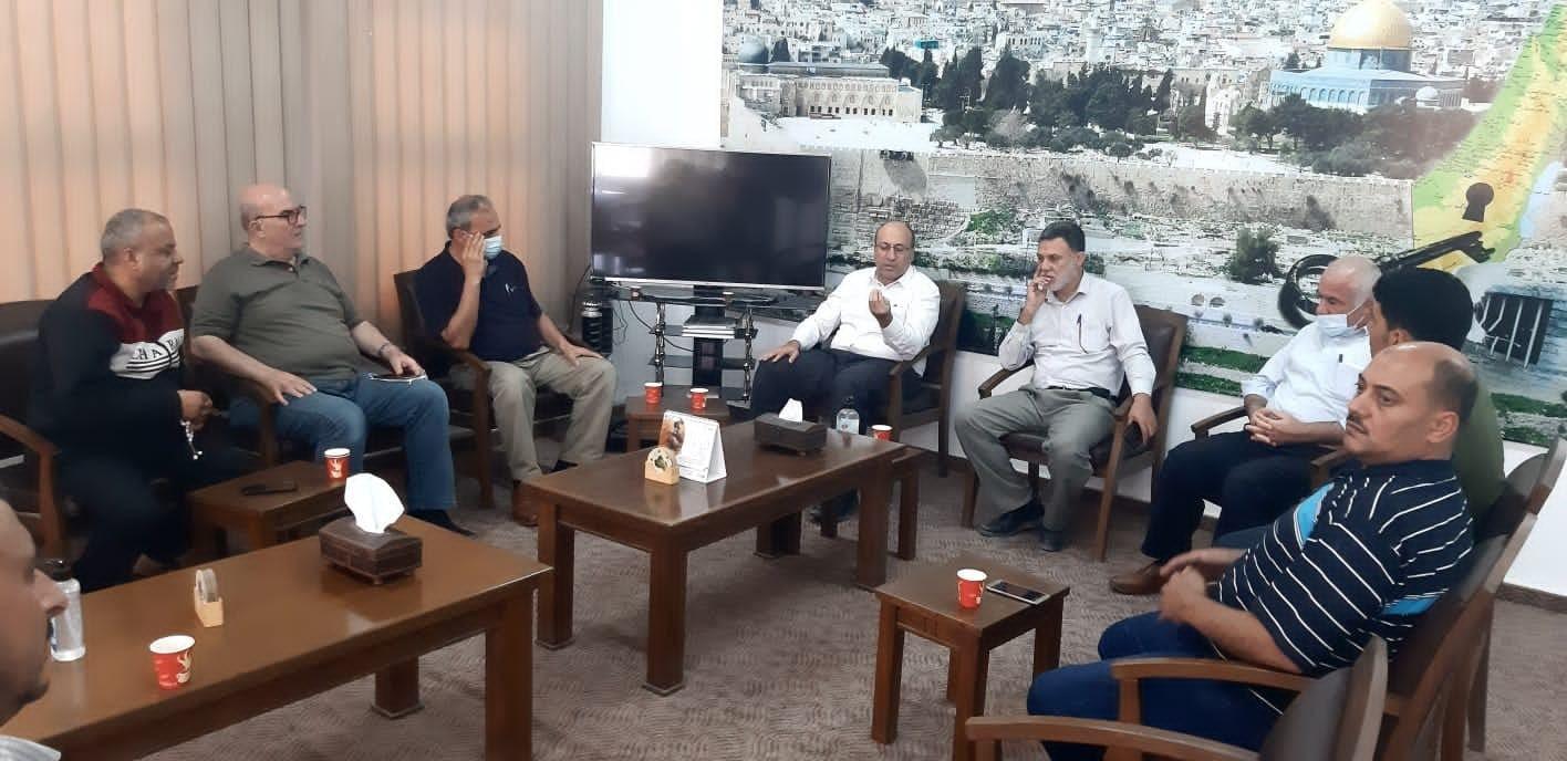 زراعة غزة ومربي الدواجن يبحثون سبل التعاون المشترك