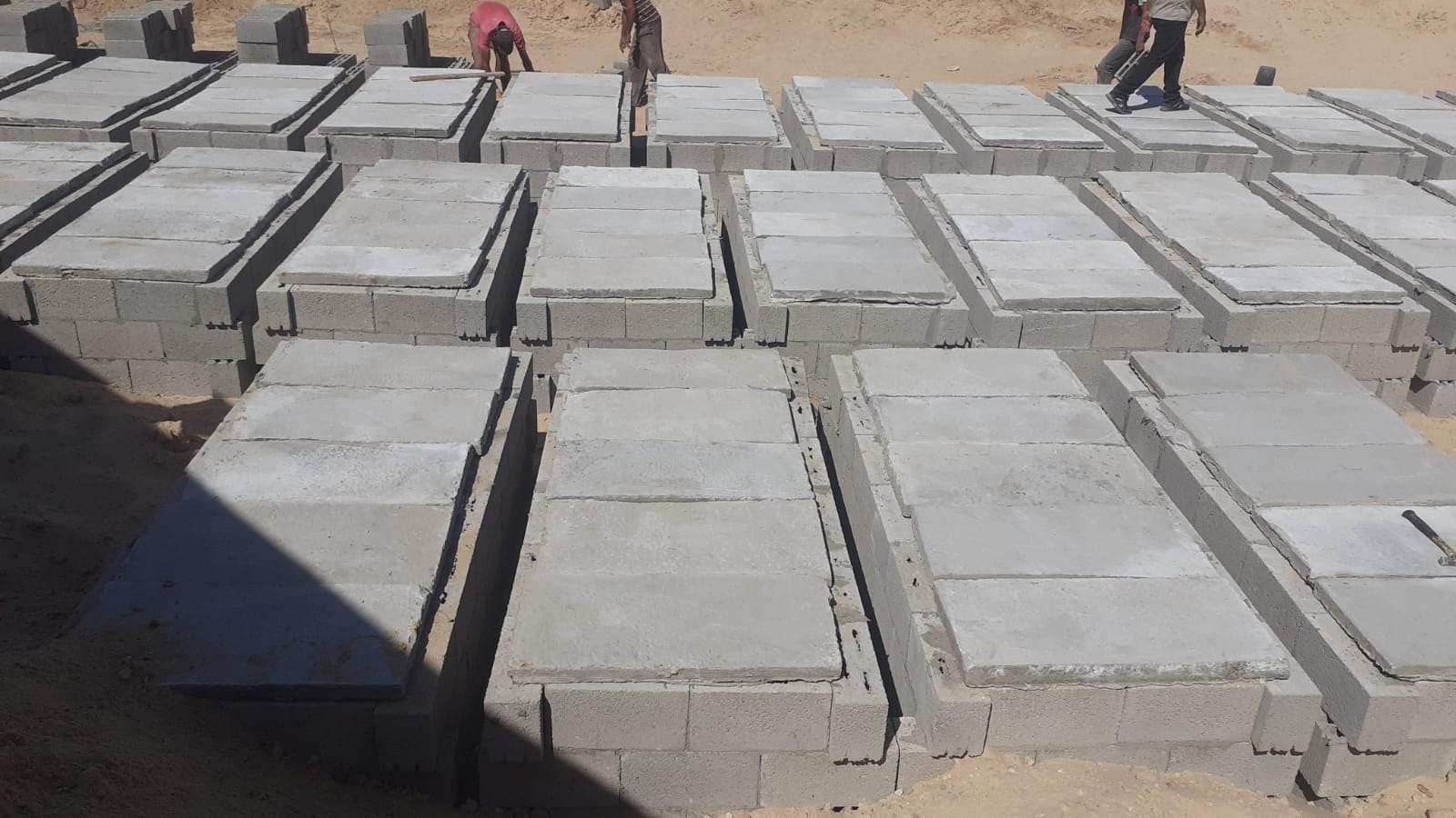 أوقاف غزة تشرع بتنفيذ مشروع بناء 800 قبر جديد شمال وشرق القطاع