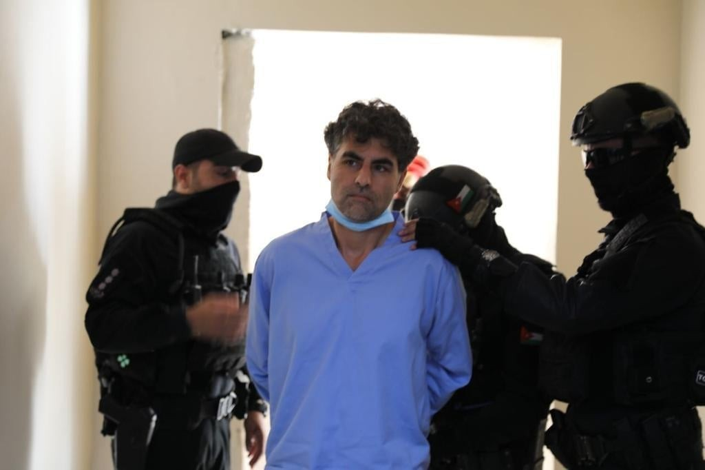 محكمة أمن الدولة بالأردن تصدر حكمًا بالسجن 15 عامًا على الشريف حسن بن زيد وباسم عوض الله