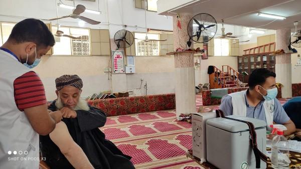 """الأوقاف بغزة تُطلق حملة تطعيم ضد """"كورونا"""" لرواد المساجد"""