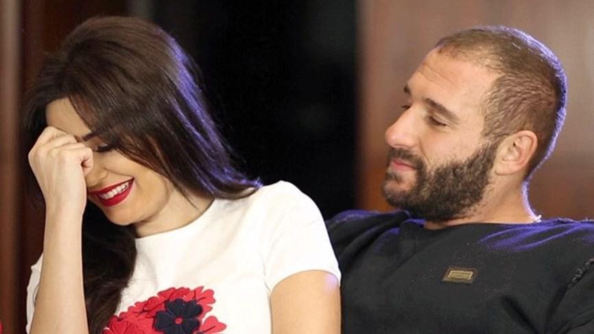 """شاهدوا: الفنانة """"سيرين عبد النور"""" مصابة وزوجها يقدم لها الإسعافات الأولية"""