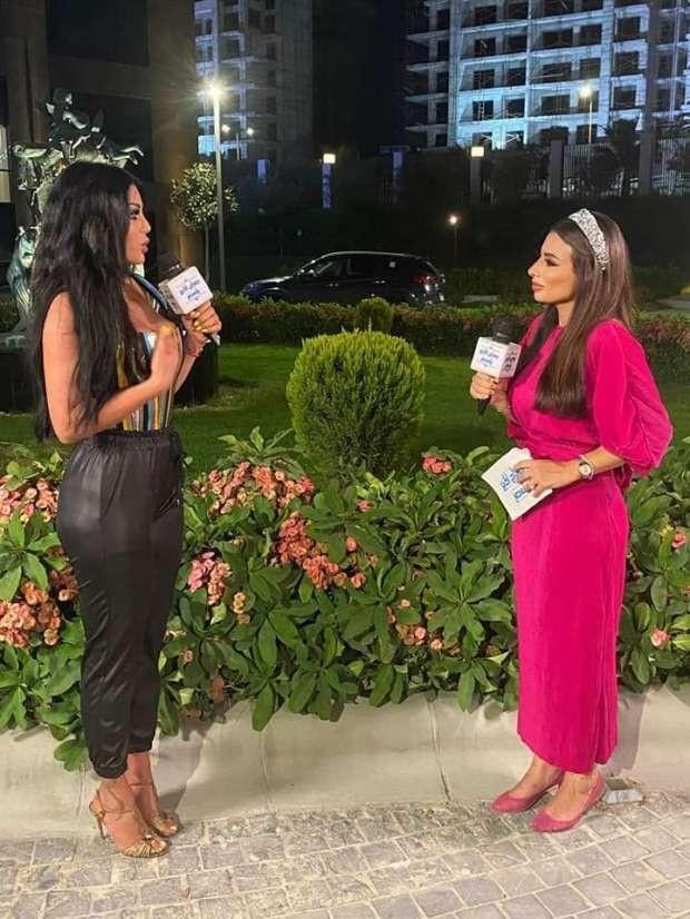 """شاهد: النجمة """"هيفاء وهبي"""" خلعت الـ""""الهوت شورت"""" قبل ظهورها على التلفزيون المصري"""