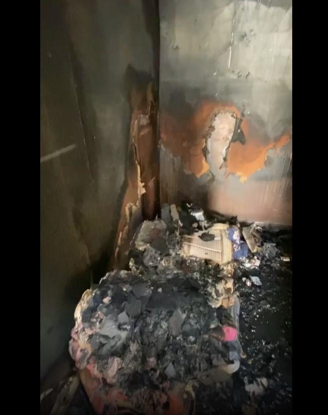 78937-أثار-الحريق-فى-منزل-شريف-منير.jpg