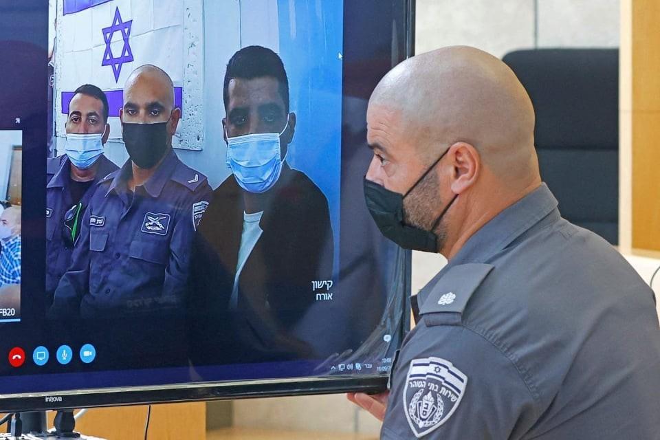 محكمة الاحتلال تمدد اعتقال الأسيرين الزبيدي وقادري 10 أيام بحجة استكمال التحقيق
