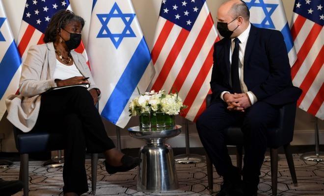 بينيت: أعمل بشكلٍ جدي على إطلاق سراح الجنود الإسرائيليين من غزة
