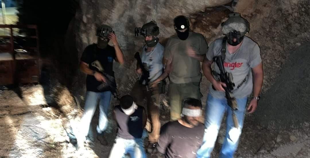 """الإعلام العبري: الاحتلال يتمكن من اعتقال إثنين من أسرى """"جلبوع"""" بينهما """"الزبيدي"""""""