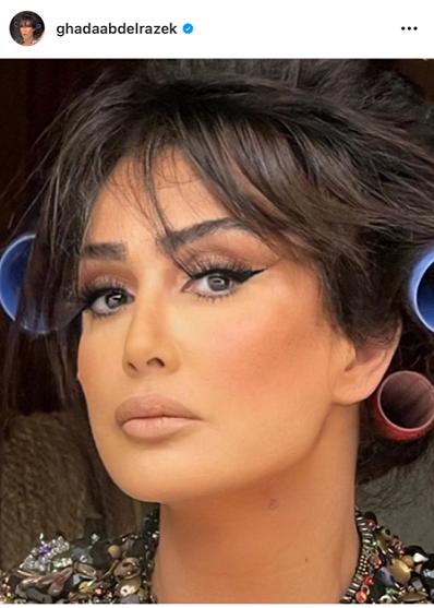 """شاهد: الفنانة """"غادة عبد الرازق""""  تشوق متابعيها لـ""""نيولوك""""منتظر"""